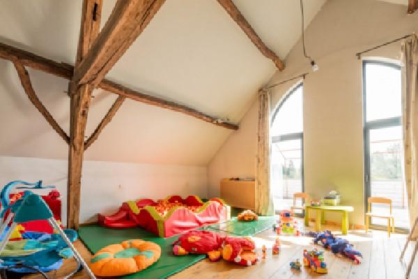 Crèche Dumbo's Kids:<br /> <br /> Molenstraat 26 1560 Hoeilaart<br /> 02 657 02 95